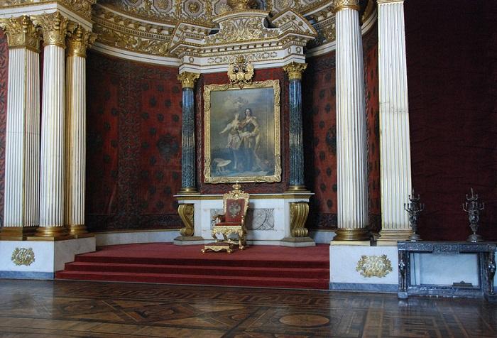 Петровский (Малый тронный зал)