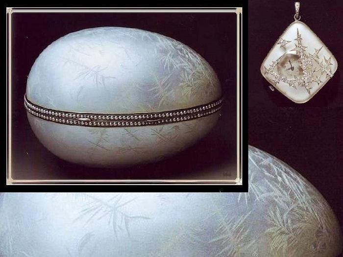 «Ледяное яйцо», 1912 год. Платина, серебро, прозрачная белая эмаль, жемчужины, горный хрусталь, бриллианты. Выполнено для Эммануила Нобеля