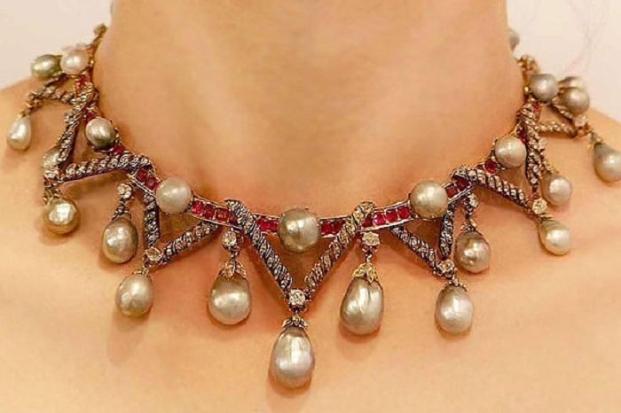 Ожерелье. Жемчуг из Мексиканского залива и Панамского моря, бриллианты и рубины