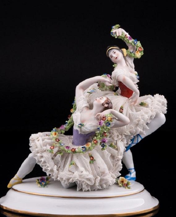 «Две танцующие девушки», кружевные, Volkstedt, Германия, кон.19 - нач.20 вв.