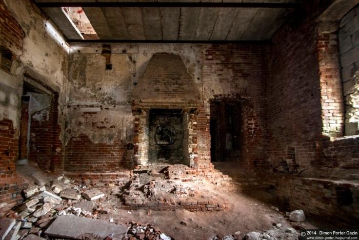 Так выглядит интерьер замка сегодня.