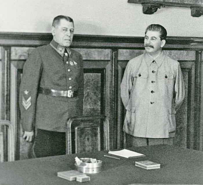 Сталин держал Шапошникова в личных советниках. /Фото: fondsk.ru