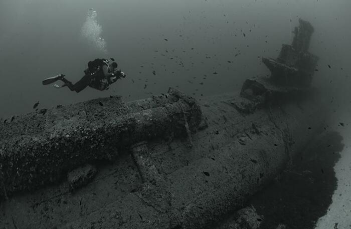 Подводные работы дайверов. /Фото: 3.bp.blogspot.com