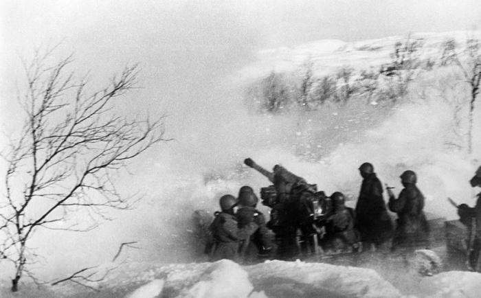 Зимние бои проходили в сложнейших погодных условиях. /Фото: i.pinimg.com