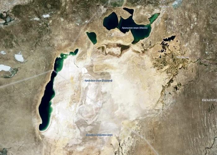Остатки Аральского моря, фото со спутника, 2020 год. /Фото: avatars.mds.yandex.net