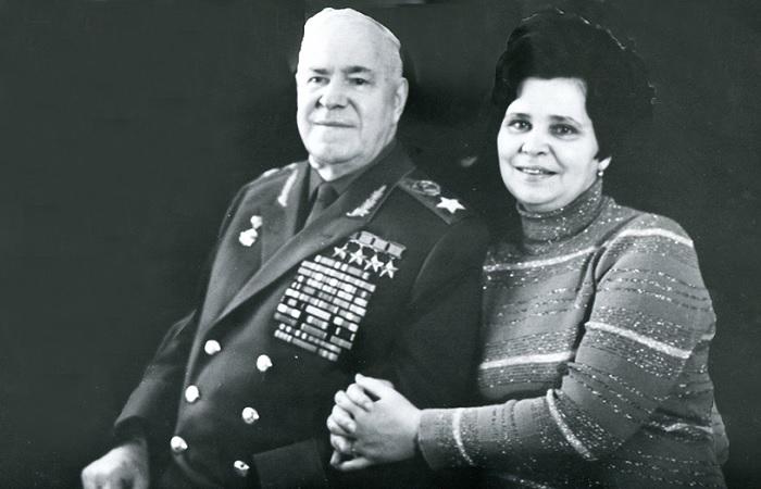 Второй женой Георгия Жукова была Галина Семенова, и жили они душа в душу. /Фото: oblgazeta.ru