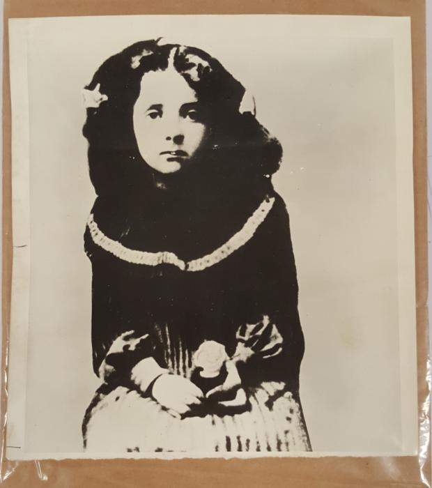 Голда Мабович, первый известный портрет в Пинске. 1904 год./Фото: collections.lib.uwm.edu