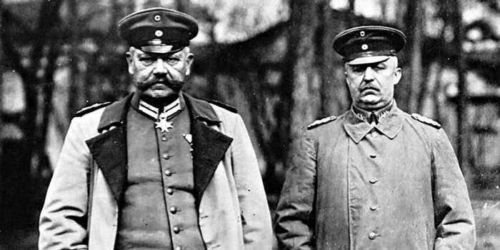 Гинденбург и Людендорф, заманившие русских в ловушку. /Фото: alternathistory.com