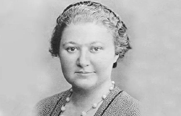 Вера Менчик – первая в истории королева шахмат. /Фото: im0-tub-ua.yandex.net
