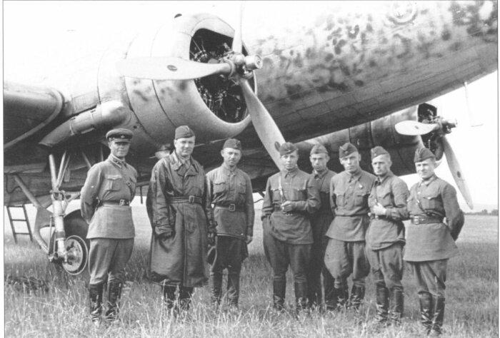 Советские авиаторы в Халхин-Гол. /Фото: smolbattle.ru