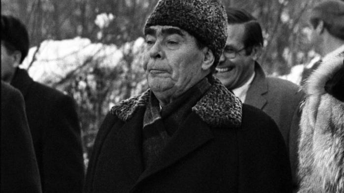 В поединке с Козловым победил Брежнев. /Фото: avatars.mds.yandex.net