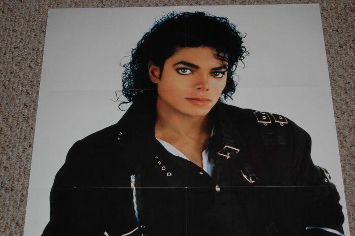 Плакаты со знаменитостями украшали комнаты школьников. /Фото: i.ebayimg.com