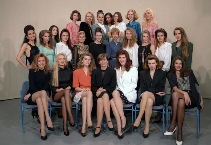 Участницы конкурса Мисс Россия-1993./Фото: s11.stc.all.kpcdn.net
