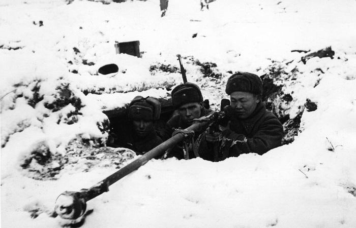 Суровая русская зима не была определяющей в победе Красной армии./Фото: avatars.mds.yandex.net