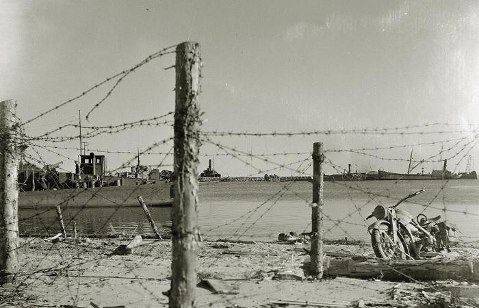 Бухта, в которой немцам так и не удалось высадиться в полном объеме./Фото: ic.pics.livejournal.com