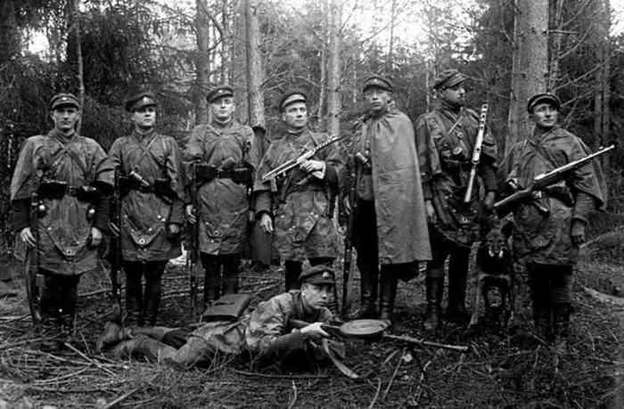 «Лесные братья» отметились особо жестоким истреблением евреев./Фото: anna-news.info