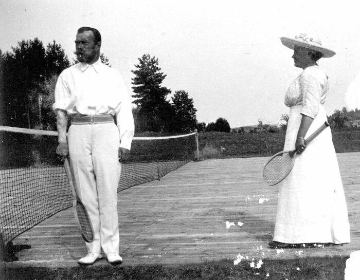 Николай II с удовольствием играл в теннис. /Фото: i.pinimg.com