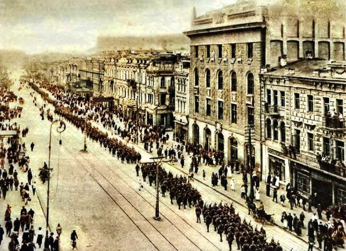 Парад на Крещатике. /Фото: upload.wikimedia.org