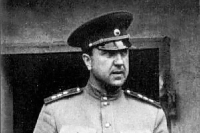 Начальник ГУКР СМЕРШ генерал-полковник Виктор Семёнович Абакумов. /avatars.mds.yandex.net