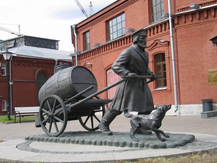 Памятник водовозу в Санкт-Петербурге./Фото: s-pb.in