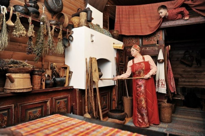 Хорошая хозяйка звалась обиходницей. /Фото: avatars.mds.yandex.net