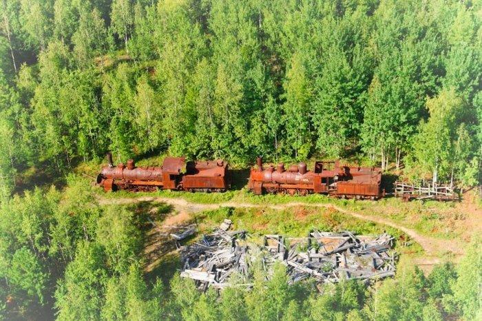 Брошенные вагоны на бывшем строительном объекте./Фото: pbs.twimg.com