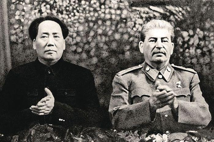 Хор Григория Веревки успешно выступал перед мировыми лидерами./Фото: otvet.imgsmail.ru