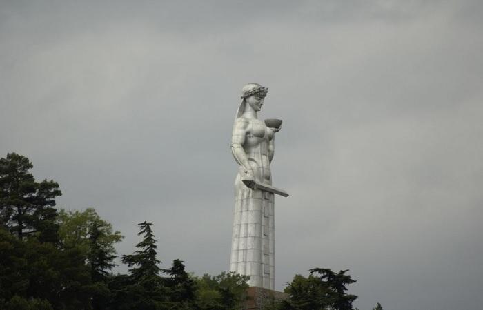 Памятник царице Тамаре в Тбилиси./Фото: data3.i.gallery.ru