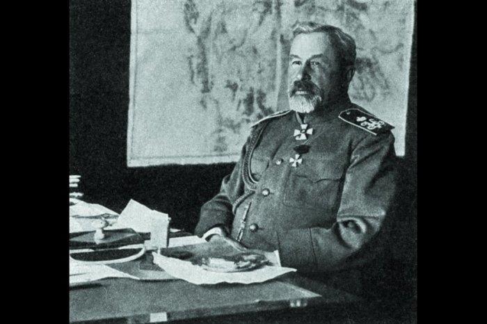 Генерал Куропаткин, участвовавший в подавлении восстания. /Фото: cdnimg.rg.ru