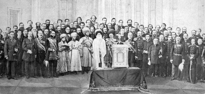 Шамиль с сыновьями присягает на верность Российской империи. /Фото: chertinov.ru