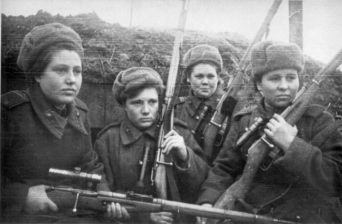 Советские женщины-снайперы./Фото: art-apple.ru