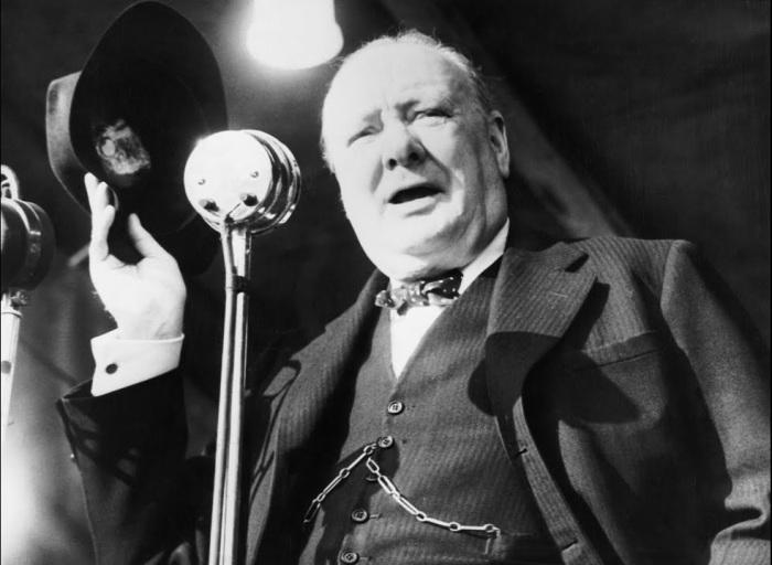 5 марта 1946 года Уинстон Черчилль произнёс речь, ознаменовавшую начало холодной войны. /Фото: i.ytimg.com