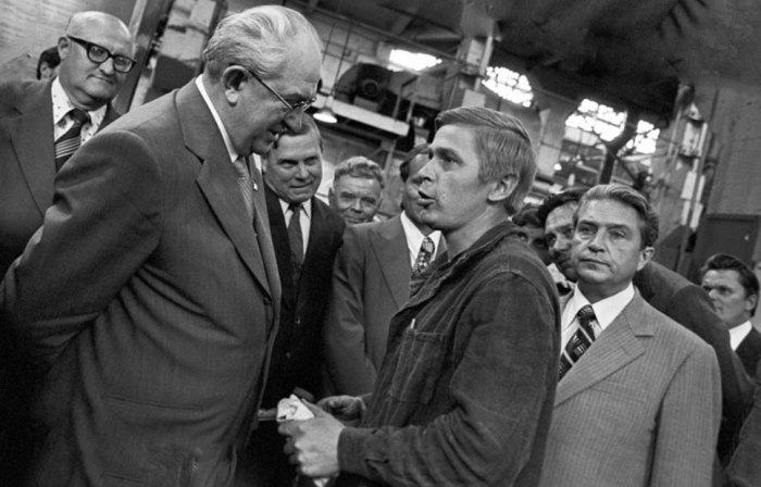 Бывший глава КГБ отлично владел ситуацией в стране, не боясь жестких мер и полезных реформ./Фото: lesreinesdesalpes.com