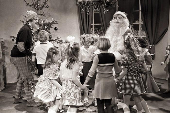 Новый год - особенный праздник, который любят и взрослые , и дети. /Фото: 2.bp.blogspot.com