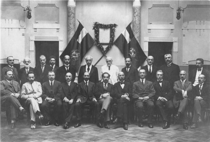 Правительство меньшевистской Грузии, 1918 год. /Фото: regnum.ru