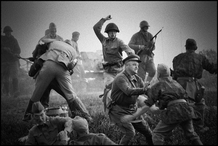 Рукопашный бой советских солдат с немцами. /Фото: avatars.mds.yandex.net