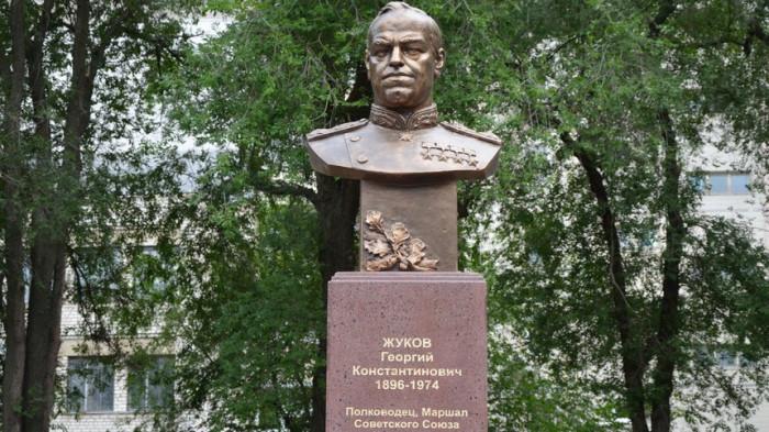 Памятник Жукову в Одессе./Фото: vistanews.ru