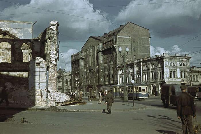 Во время войны семья Кульчицкого осталась в оккупированном Харькове. /Фото: trollno.com