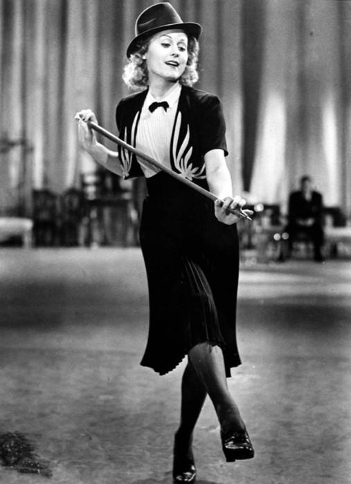 Марика Рёкк, 1939 год. Кадр из фильма «Хеллов, Жанин»./Фото: cdni.rt.com