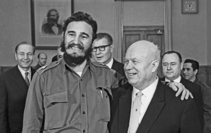Фидель Кастро в СССР (1963 г.). /Фото: r3.mt.ru