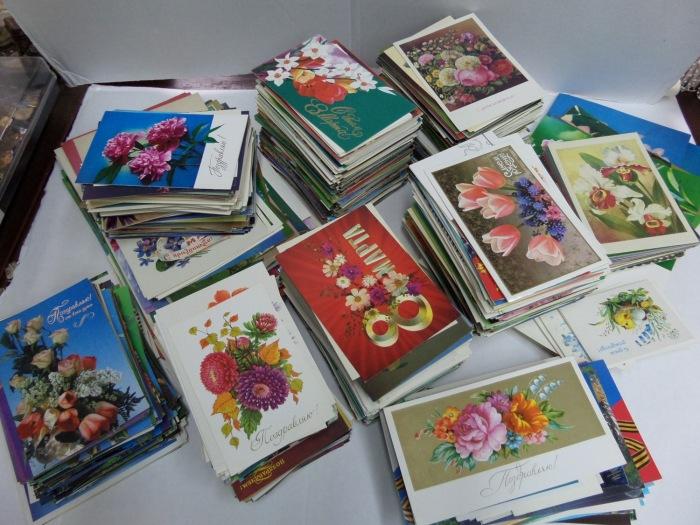 Советские открытки были красивыми и яркими. /Фото: b.radikal.ru