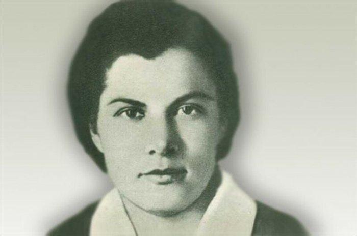 Немцы недооценили Морозову – 20-летняя девчонка, которая хочет поскорее вернуться к маме, — какая из неё шпионка?/Фото: cdn-tn.com