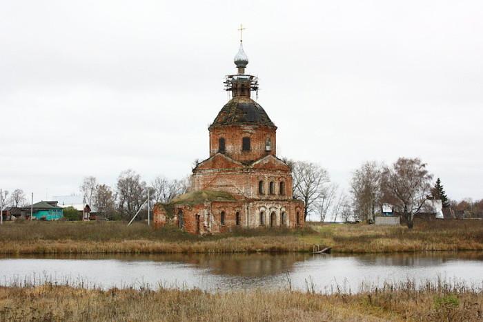Реставрация церкви, построенной по приказу Суворова. /Фото: cont.ws