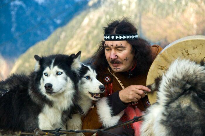 Сегодня ительмены сражаются за возрождение культуры предков. /Фото: photar.ru
