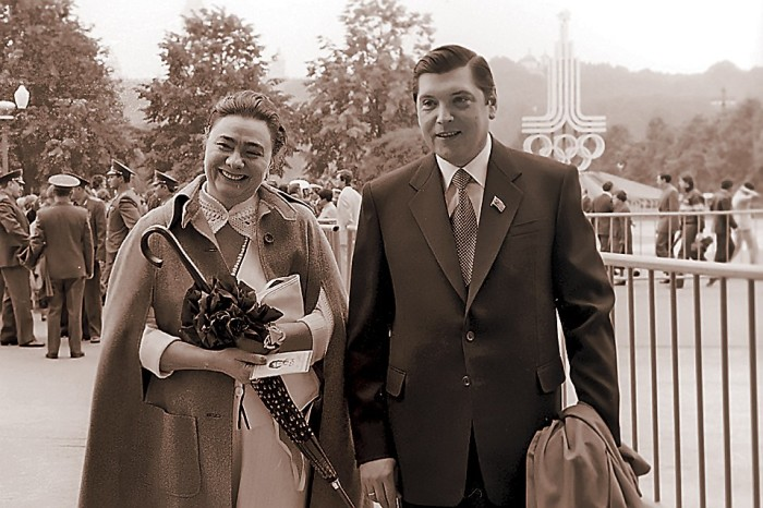 Галина Брежнева и её муж Юрий Чурбанов./Фото: s10.stc.all.kpcdn.net