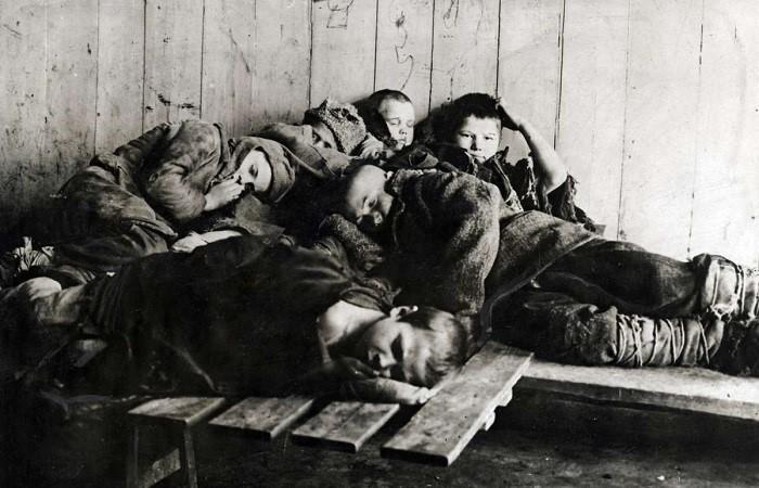 Ежегодно свыше 500 детей в возрасте от 10 до 14 лет содержались в тюрьмах за недостатком мест в воспитательно-исправительных заведениях./Фото: imrussia.org