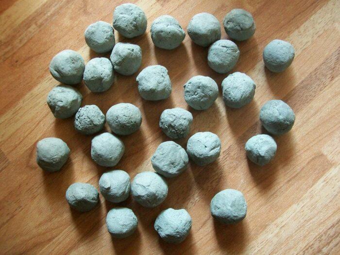 Пилюли из глины могли помочь от многих проблем. /Фото: sustavy.guru