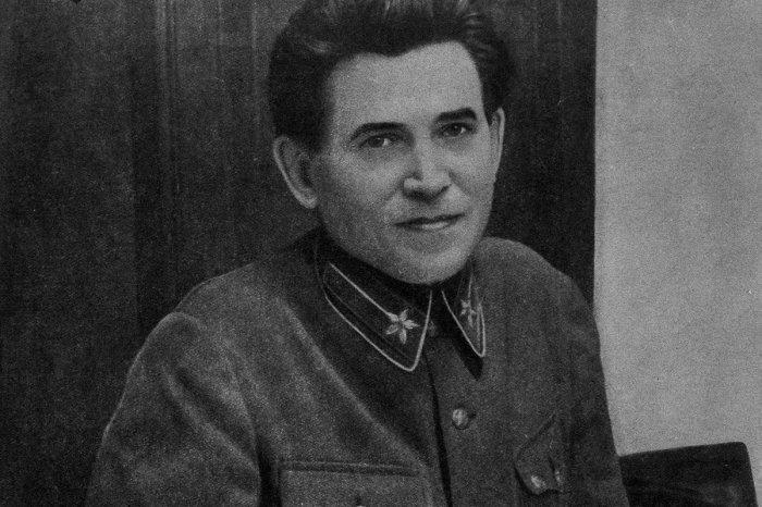 Перед смертью Ежов просил передать товарищу Сталину, что будет умирать с его именем на устах. /Фото: cdn.openrussia.org