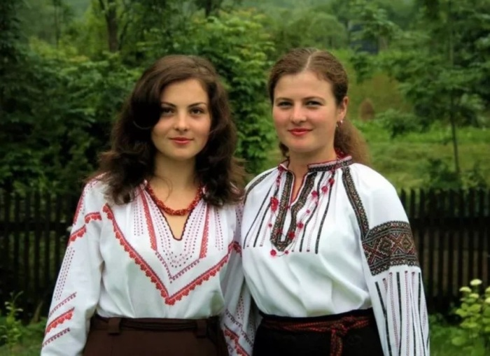 Украинские соседи венгерки. /Фото: avatars.mds.yandex.net