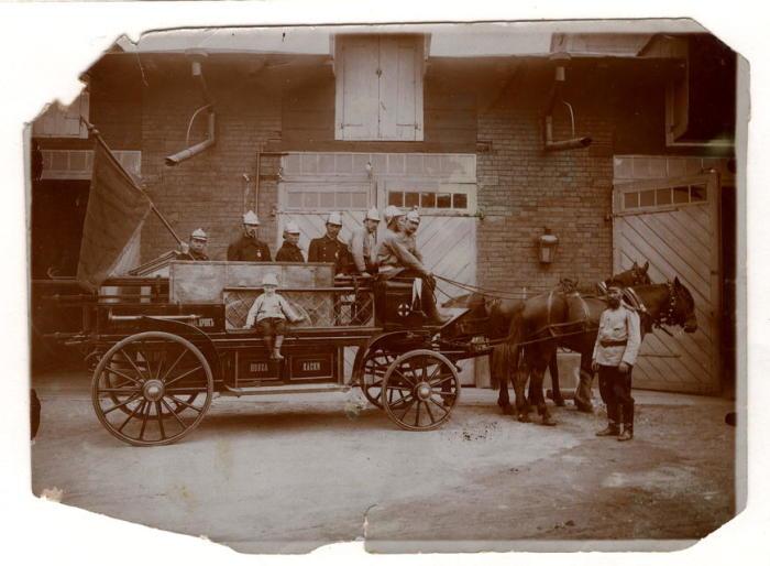 Ермолова одной из первых поддержала идею создания детских пожарных команд. /Фото: frontiers.loc.gov